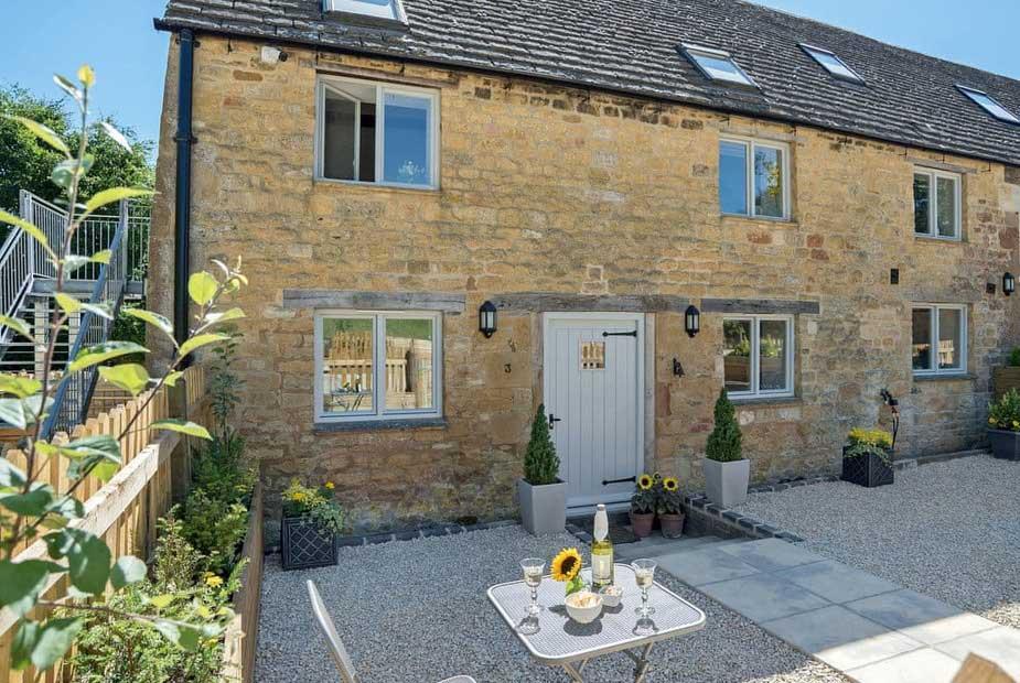 Longmoor Cottages